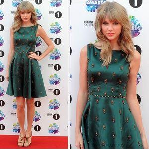 Jenny Packham Embellished Dress ASO Taylor Swift 2